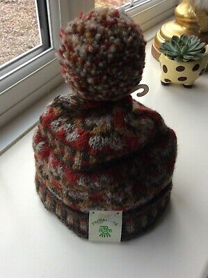 New Pachamama Red Multi Hearts Wool Pom Pom Bobble Hat - One Size • 14.99£
