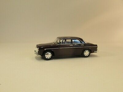 Vanguards Die Cast Rover P5 In Burgundy - Excellent Condition  But In Wrong Box • 1.99£