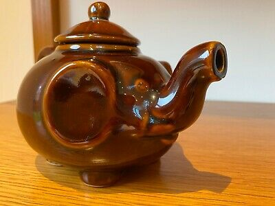 "Vintage Brown Elephant Teapot Collectable 5"" High • 5£"