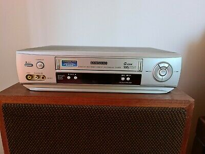 AU50 • Buy SAMSUNG VHS SV-640B VCR Video Player In Good Condition
