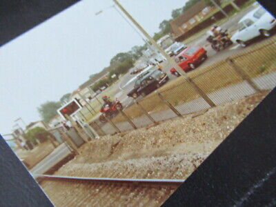 Wool Station Crossing Traffic Hold-up, Sleeping Guard, Photo 1983 • 2.99£