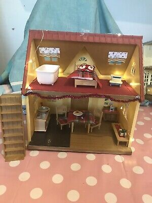 Sylvanian Families Decorated Cosy Cottage Starter Home • 40£