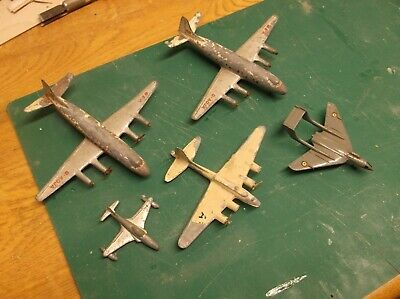 Matchbox Metal Planes Early 60's • 12£