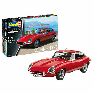 Revell 07668 Jaguar E-Type (Coupe) 1:24 Plastic Model Car Kit • 19.99£
