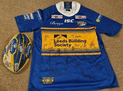 Leeds Rhino Signed Tshirt And Ball Great Gift For A Fan • 70£