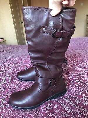Pavers Burgundy Boots Size 5 • 25£