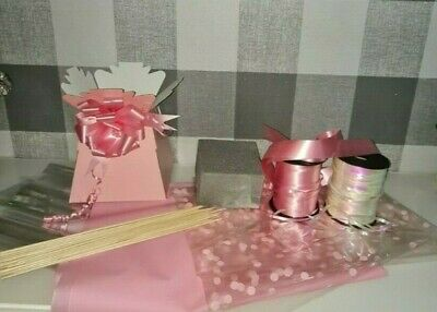 Make Your Own PINK DIY Chocolate Bouquet Kit Cellophane Bow Box Oasis Sticks  • 9.95£