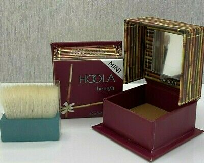 Benefit ** Hoola ** Matte Powder Bronzer For Face - (Mini) 4 G - 0.14 Oz • 10.40£