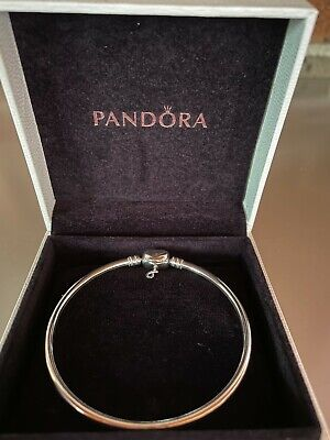 AU35 • Buy Pandora Forever Love Heart Clasp Sterling Silver Bangle Size 19cm