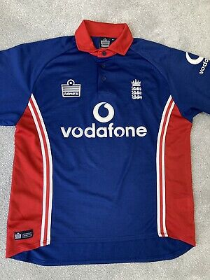 "England Vintage Cricket Shirt 2008(M) 46"" • 8£"