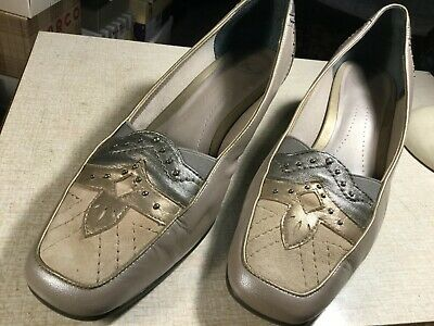 Kay Shoes Womans Low Wedge Slip On Pewter Colour Shoes  Size 8     • 7.95£