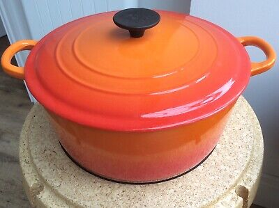 Le Creuset Cast Iron 26 Cm LARGE Casserole In EXCELLENT Condition Inside & Out • 37£