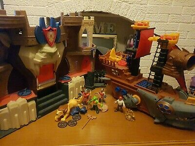 IMAGINEXT Lions Den Castle With Knights & Accessories. Pirate Ship And Figure • 8£