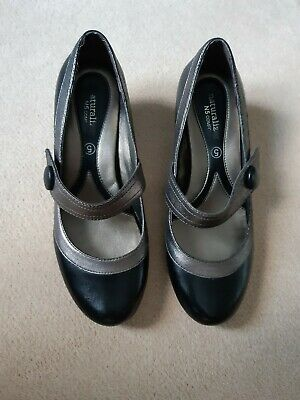 Womens Naturalizer Jadore Shoe Black/Pewter With Low Heel, Size 5, Hardly Worn  • 2.50£