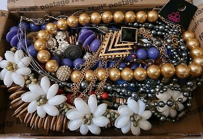 $ CDN10.09 • Buy 1 1/2 Lbs Vintage-now Costume Jewelry Lot All Wearable Some Signed #20 Read
