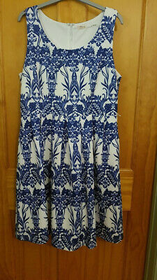 AU20 • Buy Lovely Blue And White Teaberry Dress, Size 16
