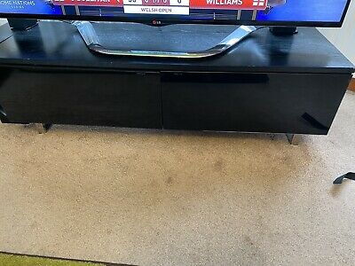 TV Cabinet Wood And Glass Doors • 15£