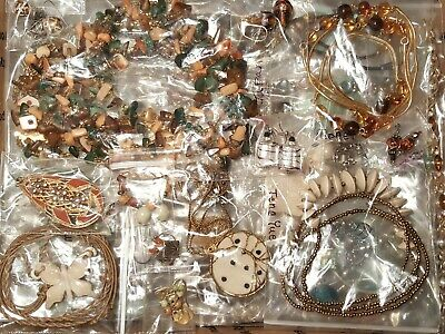 $ CDN6.30 • Buy 14+ Lbs  Vintage To Now Ready To Wear Jewelry Lot Bagged Some Signed Wearable