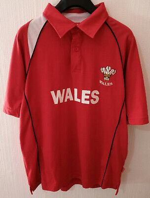 £14.50 • Buy Wales Short Sleeve Red And White Rugby Shirt Size Medium