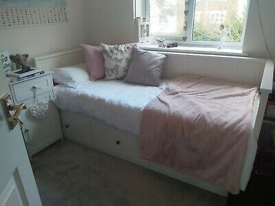 Ikea Hemnes Day Bed  With 3 Drawers And Pulls Out Into Double Bed. • 159£