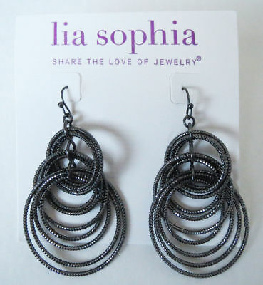$ CDN4.10 • Buy M9 Lia Sophia Jewelry Voltage Earrings In BLACK RV$36