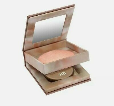 Urban Decay Naked Illuminated Shimmering Powder For Face & Body AURA W/Brush • 30.06£