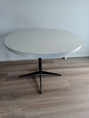 AU73.07 • Buy 1970s Vintage Large Round Dining Table White