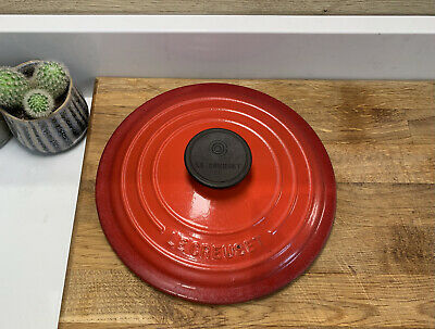 Le Creuset Size 20 ** LID ONLY **for Cherry Red Casserole Dish - Kitchenalia • 12£