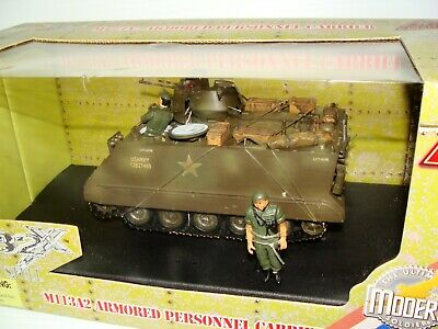 $139.99 • Buy 1:32 Ultimate Soldier Vietnam US Army M113-A2 Armored Personnel Carrier W Tanker