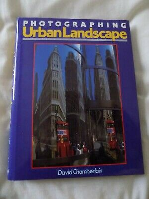 Photographing Urban Landscapes. • 2.90£