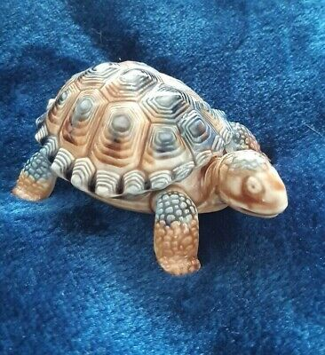 Wade Porcelain Tortoise Trinket Box With Removeable Shell - 11 Cm Long • 1.99£