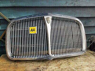 Rover P5 Grille • 50£