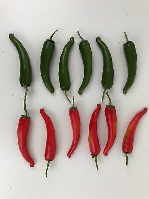 £7.99 • Buy Pack Of 12 Artificial Chillies 14 Cm 6 Red & 6 Green Chilli Peppers