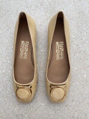 AU55 • Buy SALVADORE FERRAGAMO Yellow Patent Gold Detail Made In Italy Ballet Flats Size 5