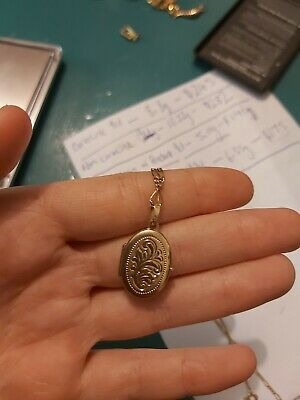 AU110 • Buy Vintage Chain And Pendant Necklace 9ct Gold