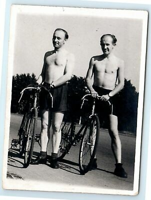 $ CDN18.06 • Buy PHOTO Two Couple Men SHIRTLESS Riding Bicycles Guys Affectionate Gay Int M02