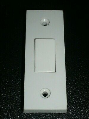 £5 • Buy 2- 1 Gang 2 Way White Plastic Architrave Wall Light Switch 10A  Pk Of 2 Make CED