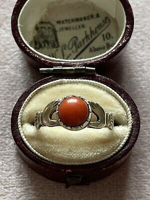£220 • Buy Georgian 9ct Gold Fede Hand Ring With Coral. Size N