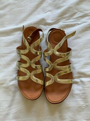 Fitflop Gold Strata Sandals Size 6 • 9.50£