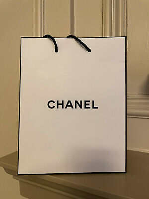 £3.24 • Buy Chanel Paper Carrier Gift Bag - Small