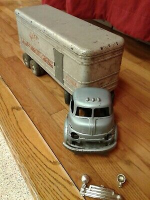$ CDN84.64 • Buy  Vintage Wyandotte  King Cab And Trailer In Good Condition