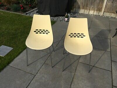 £25 • Buy  Calligaris Jam Chairs X2 In Lovely Condition.