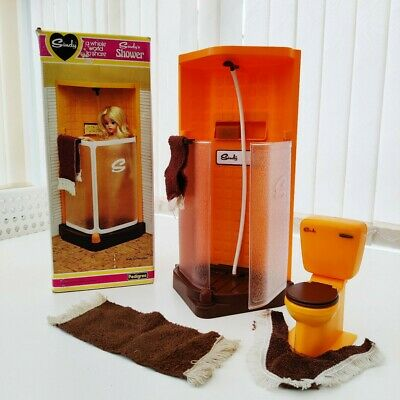 £27 • Buy Vintage Sindy Shower And Toilet 1970s With Mats & Towels Boxed Bathroom