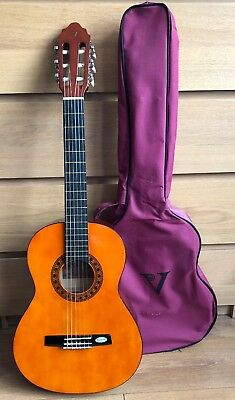 £40 • Buy Valeria Children's Classical Guitar With Carrying Bag