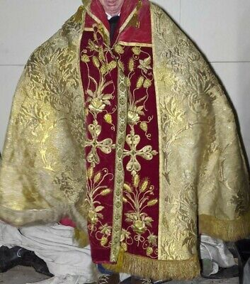 £315 • Buy Religious Vestment - Clerical Robe And Table Topper - Christian - Catholic
