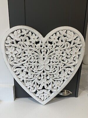£29.99 • Buy White Shabby Chic Heart Carved Wood Wall Panel Wall Hanging Wall Decor 47cm