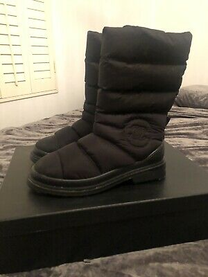 £405 • Buy Chanel Snow Boots
