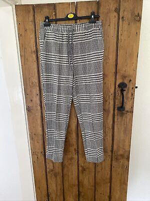 £1 • Buy New Look Checked  Trousers Size 12