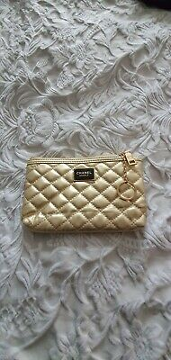 £34.99 • Buy Chanel Gold Quilted Cosmetic Makeup Pouch With Keyring   NEW