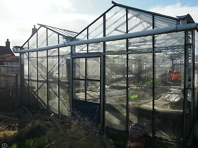 £2500 • Buy Commercial Greenhouse 6.65m X12.13m (22ft X 40ft)